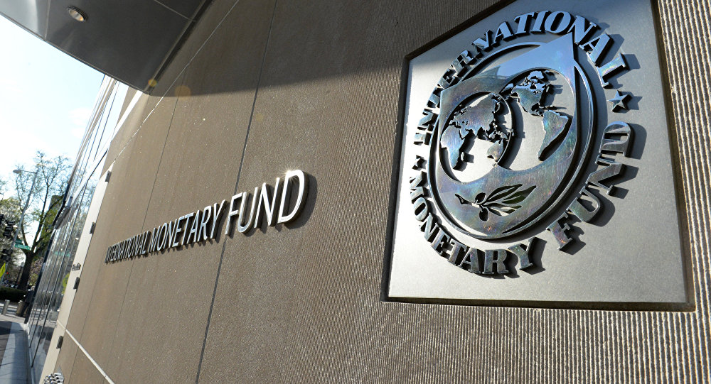 IMF Forecasts weatk growth in Canada and globally