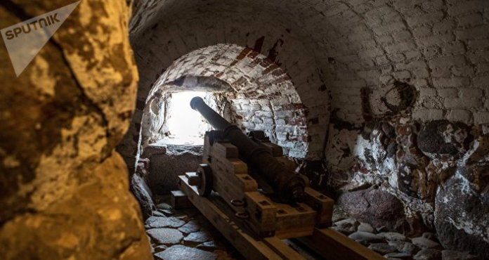 Loose Cannon? Swedish Police Struggling to Find Owner of 17th-Century Artillery