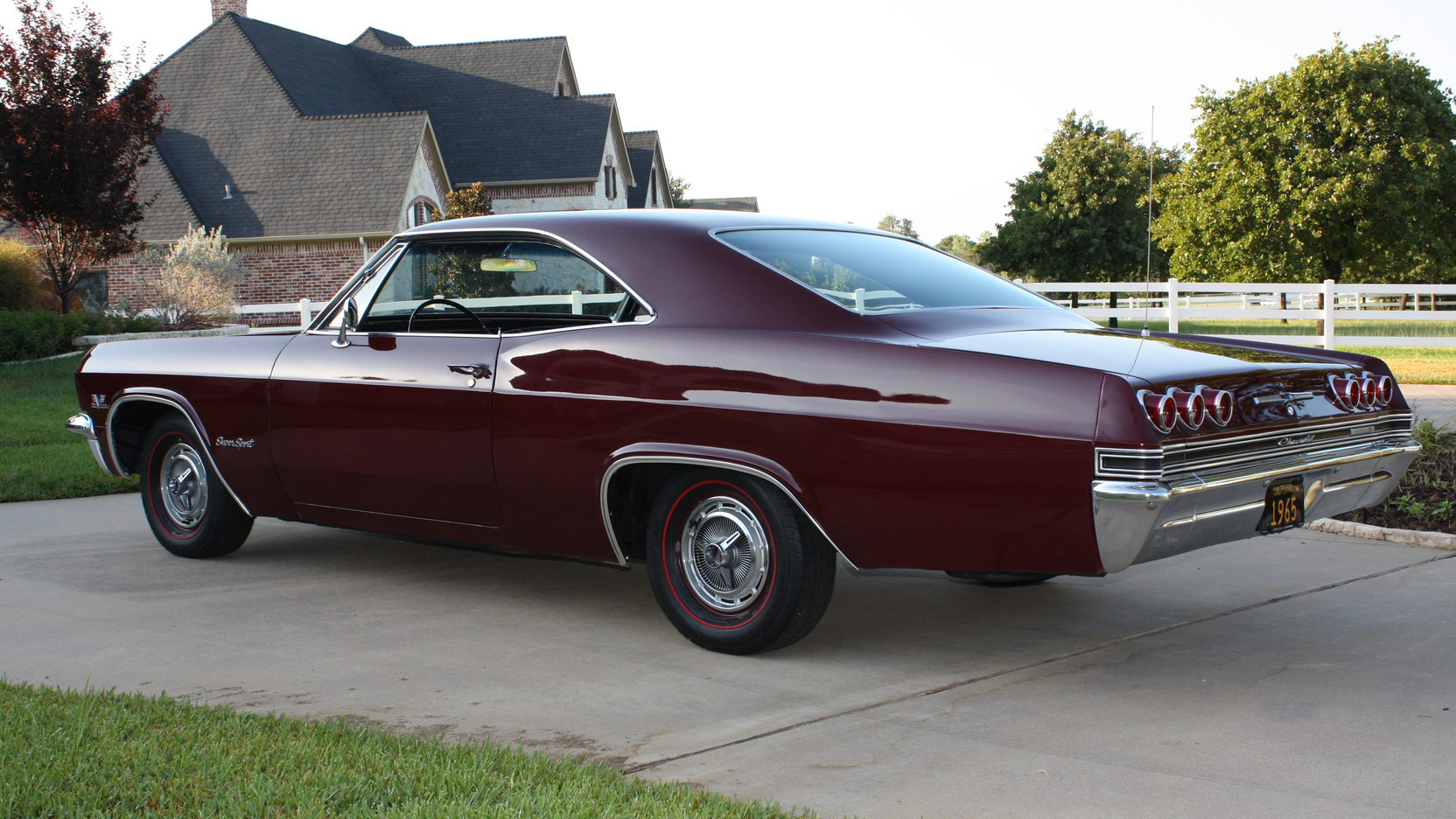 1965 chevrolet impala ss 3 full screen [ 1664 x 936 Pixel ]