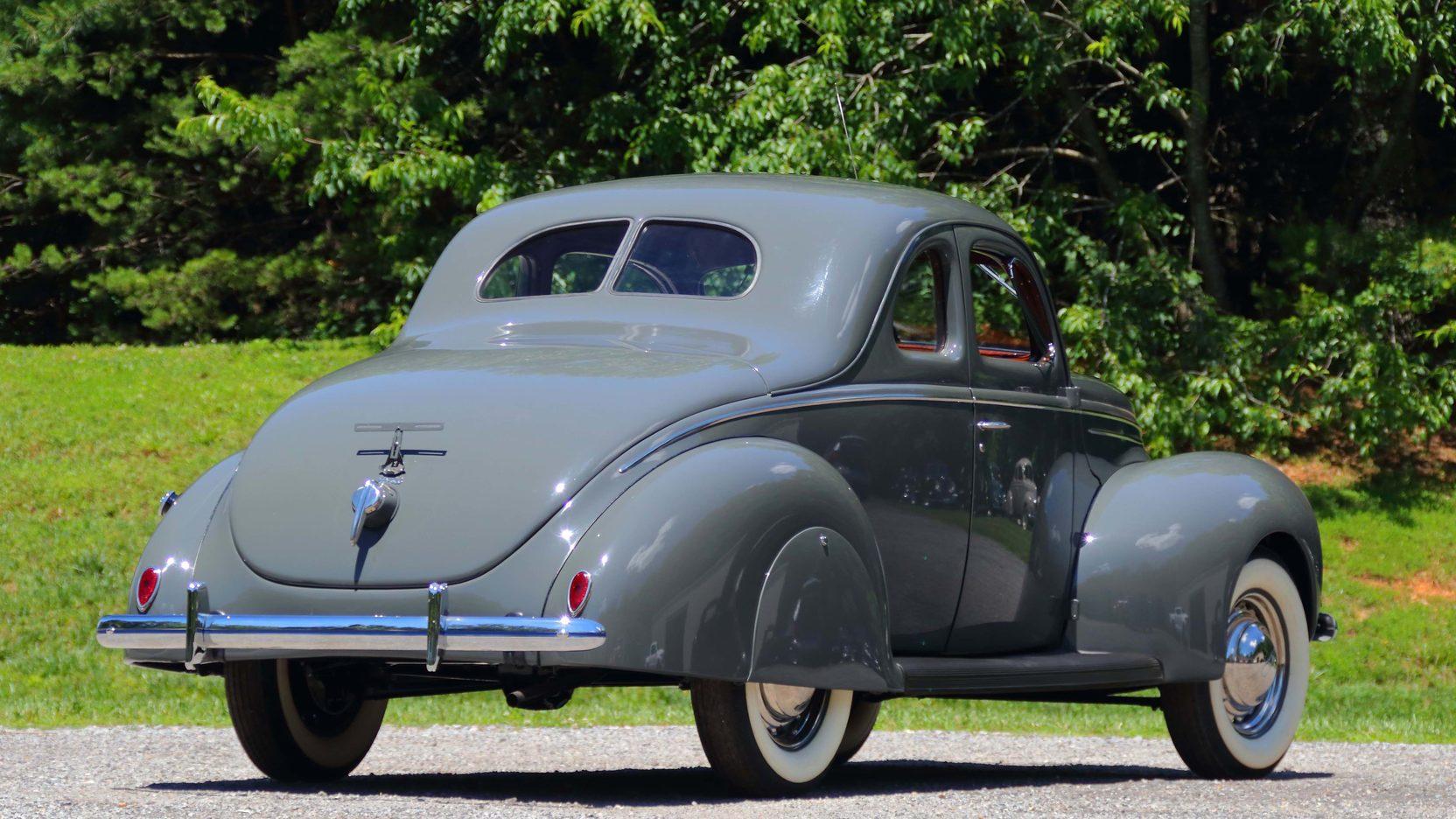 1939 Ford Deluxe Coupe  S81  Dallas 2017