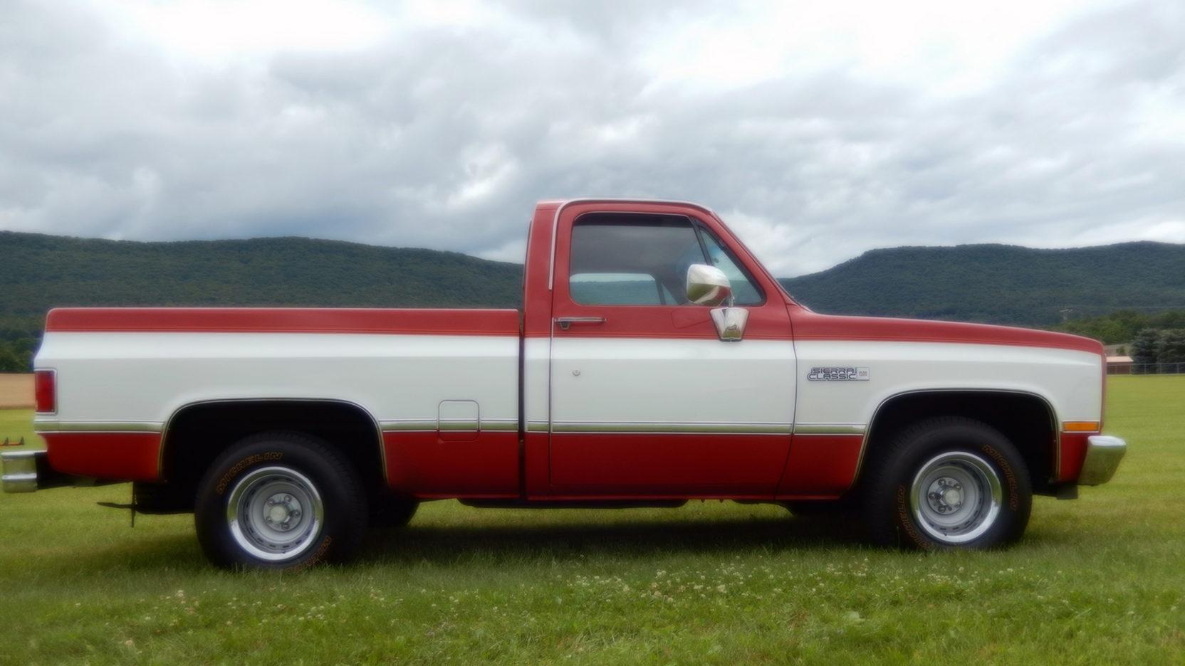 medium resolution of 1987 gmc sierra pickup 2 full screen