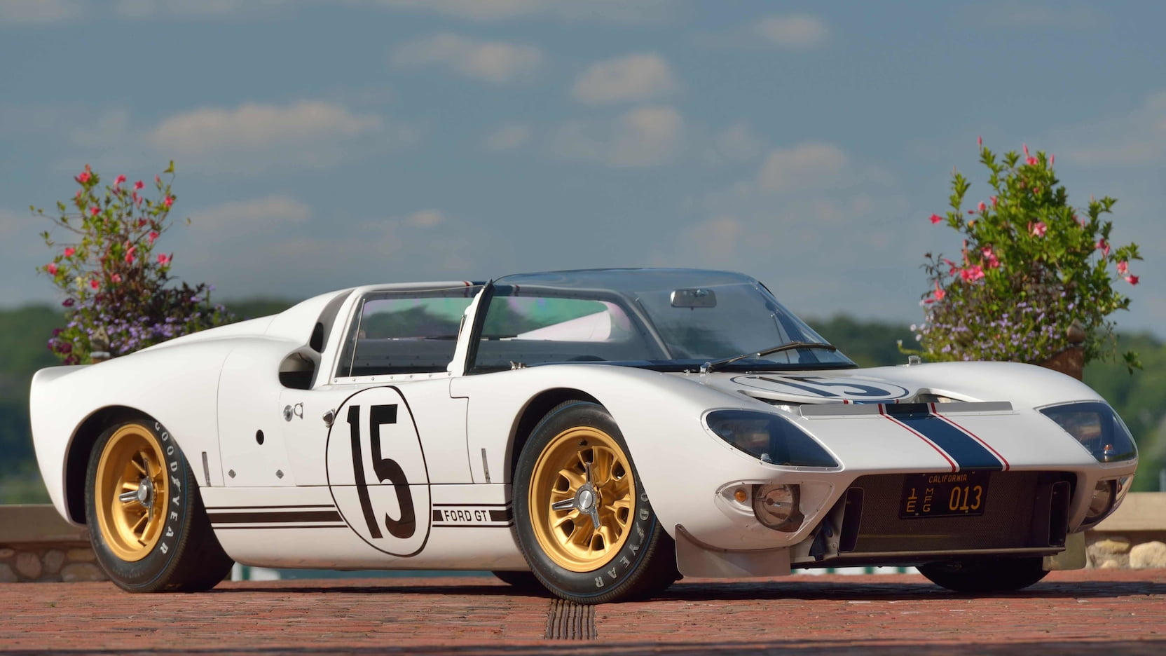 1965 ford gt competition