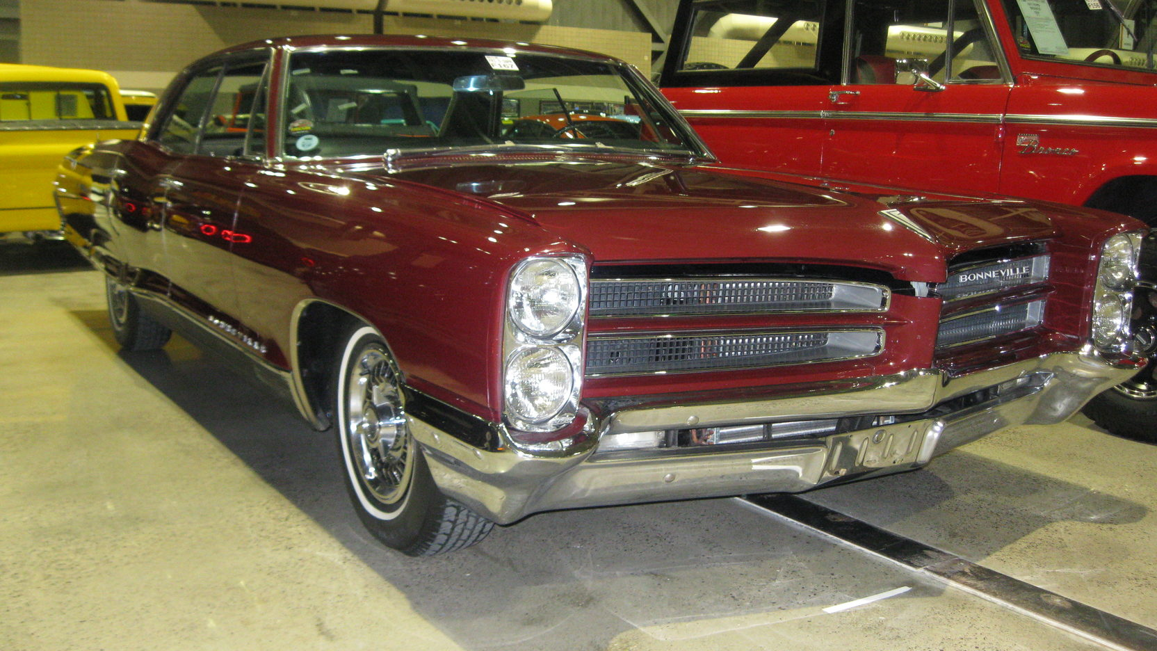 medium resolution of 1966 pontiac bonneville brougham 4 door 1 full screen
