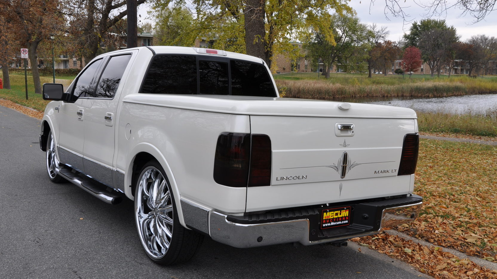 2006 lincoln mark lt pickup 3 full screen [ 1664 x 936 Pixel ]