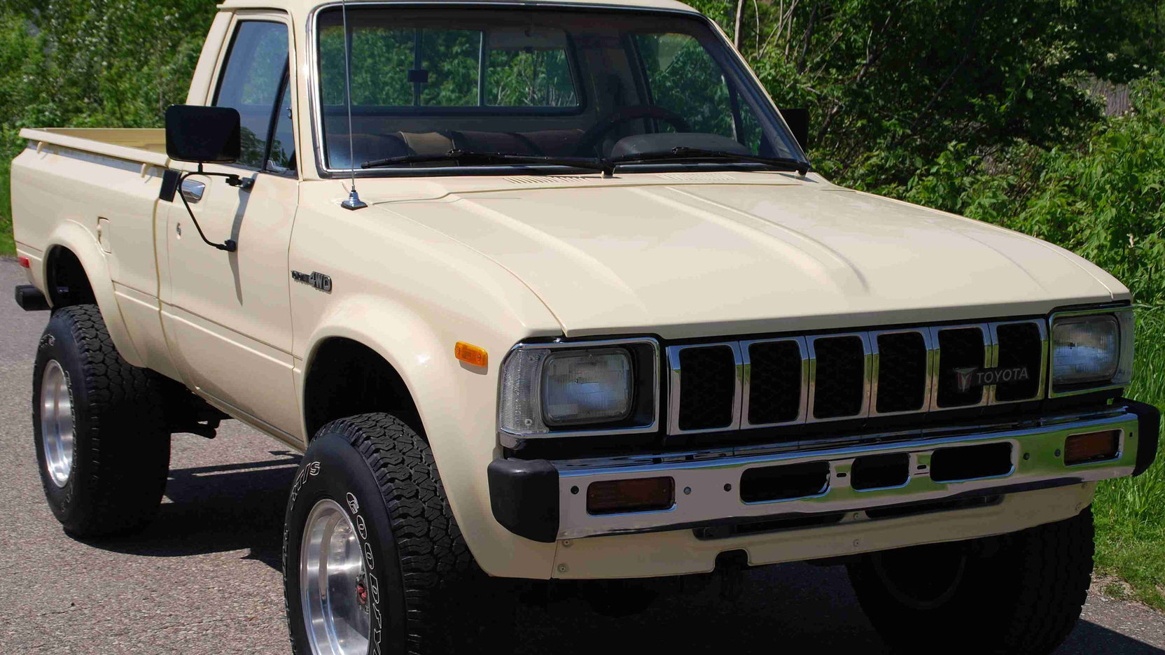 small resolution of 1983 toyota 4x4 pickup 1 full screen
