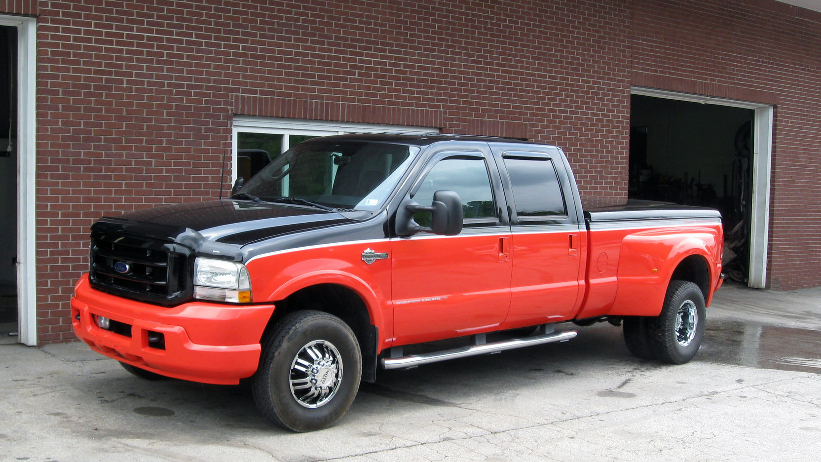 medium resolution of 2004 ford f350 dually pickup 1 full screen