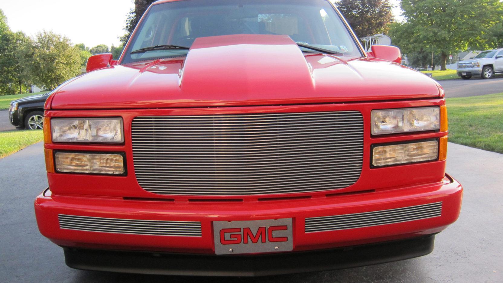 1996 gmc sierra pickup 2 full screen [ 1664 x 936 Pixel ]