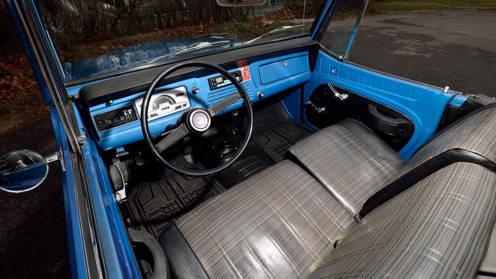 1973 jeep commando 4 full screen [ 1664 x 936 Pixel ]