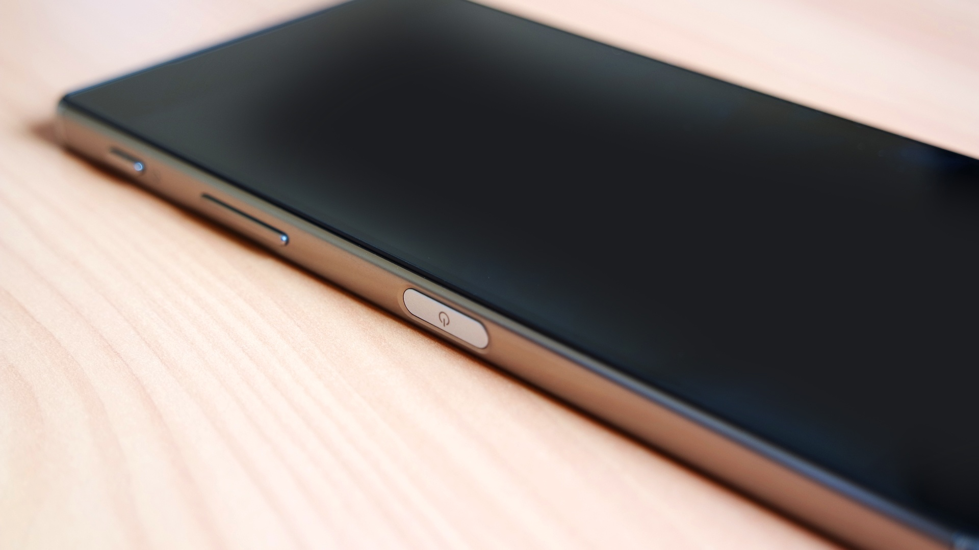 Diseño del Sony Xperia Z5 Premium