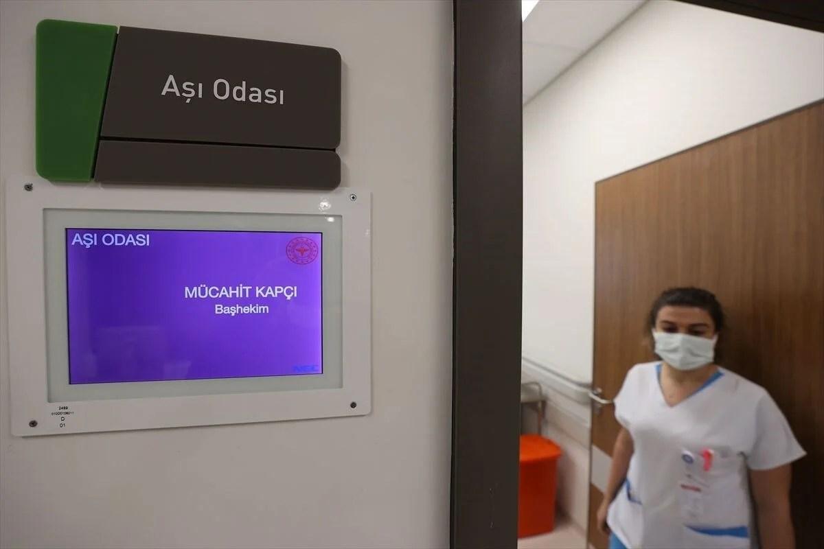 İstanbul'da Covid-19 aşı odaları için hazırlıklar tamamlandı - 10