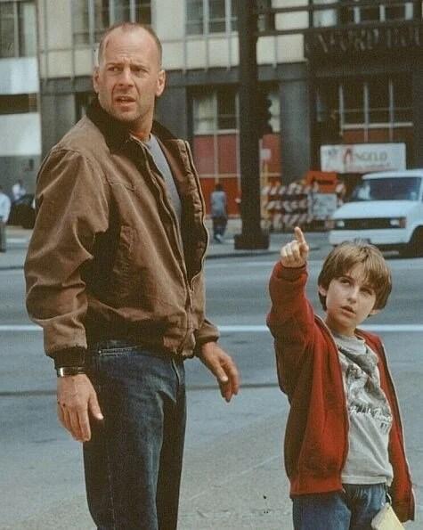 66. yaşına özel unutulmaz Bruce Willis filmleri - 29