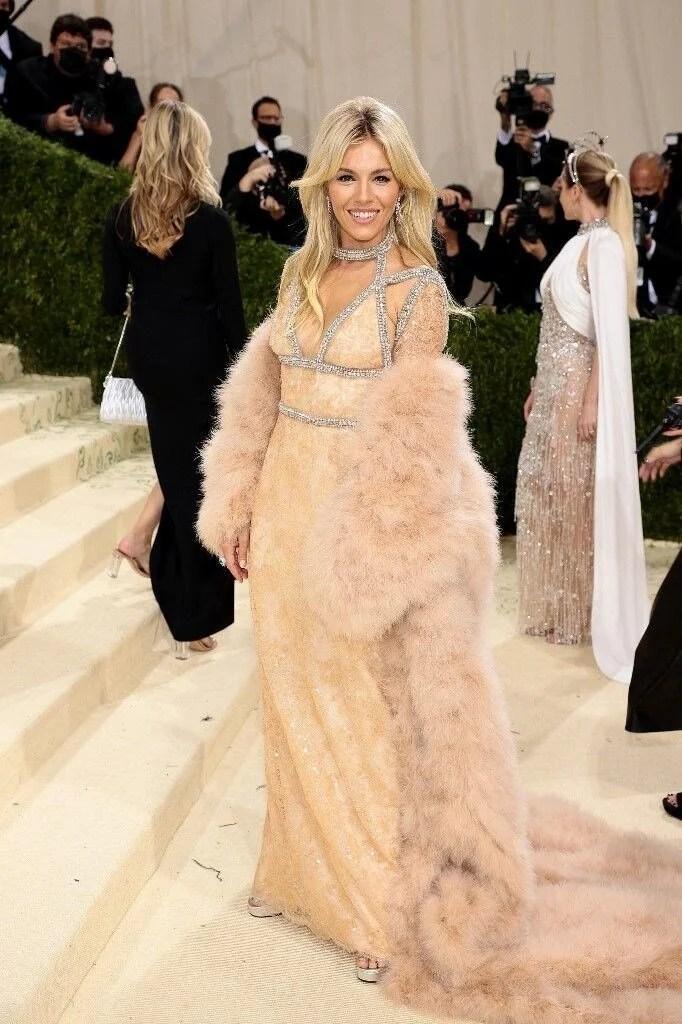 2021 MET Gala'nın en ilginç kıyafetleri - 21