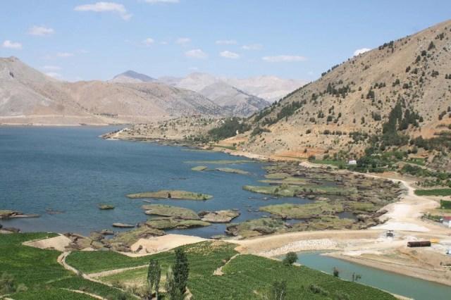 Baraj gölündeki yüzen adalar sabitlenecek - 10