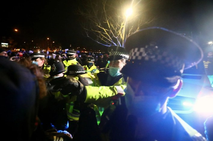 Police intervened in a ceremony for Sarah Everard, who was killed by a police officer in London - 5