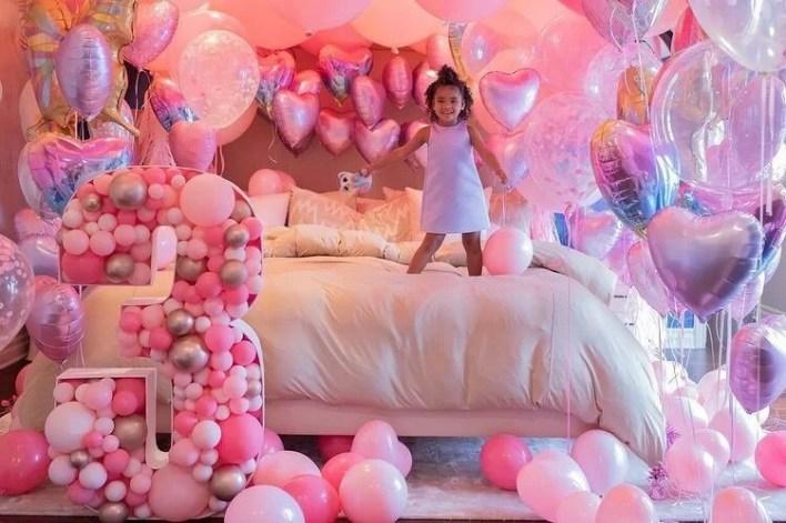 Khloe Kardashian's daughter Doğru is 3 years old - 14