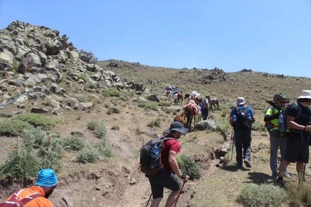 Ağrı Dağı'nda dağcıların en büyük yardımcısı: Türkiye'nin yerli 'şerpa'ları - 17