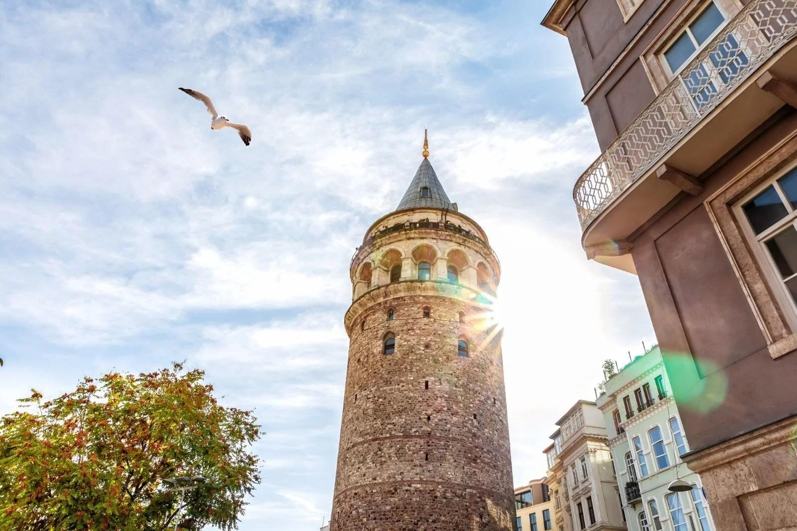Galata Kulesi tarihi ve hakkında bilinmesi gerekenler (Galata Kulesi nerede, hikayesi nedir, efsaneleri neler, nasıl gidilir ve giriş ücreti ne kadar?) - 5