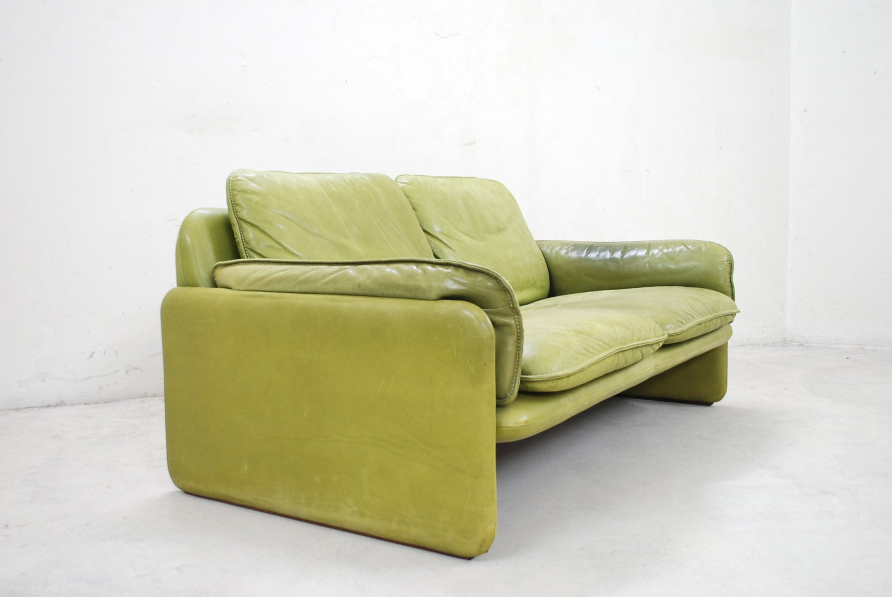 lime green chairs for sale designer chair covers to go bromley vintage ds 61 leather sofa by de sede