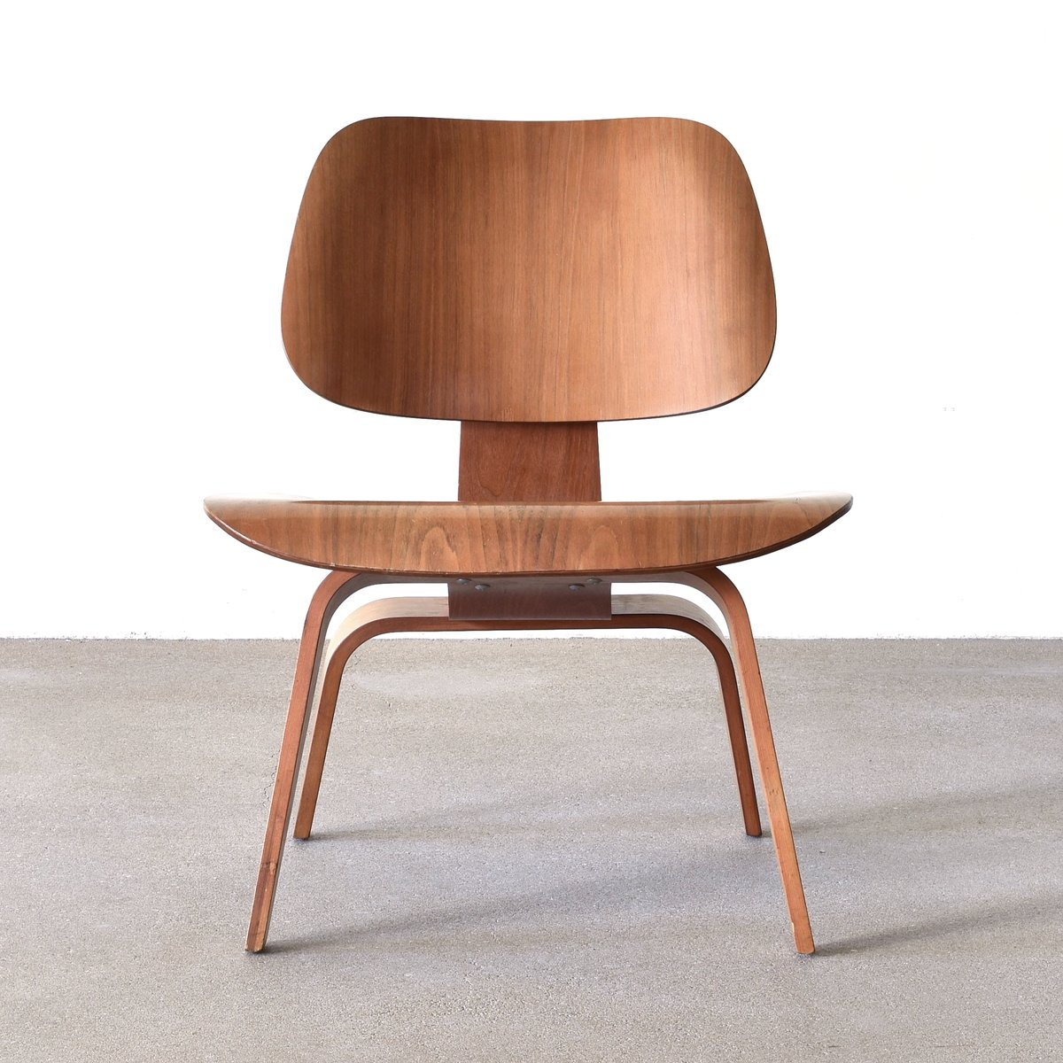 Herman Miller Eames Chair American Lcw Walnut Lounge Chair By Charles And Ray Eames