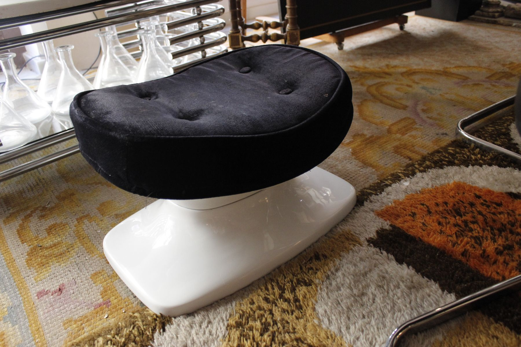 Egg Chair With Speakers Spanish Swivel Egg Chair With Speaker 1960s For Sale At
