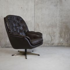 Black Leather Swivel Lounge Chair Wood Table White Chairs Danish 1970s For Sale