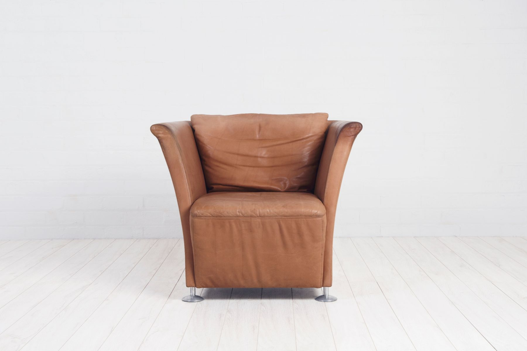 tan leather chair sale patio arm covers vintage club for at pamono