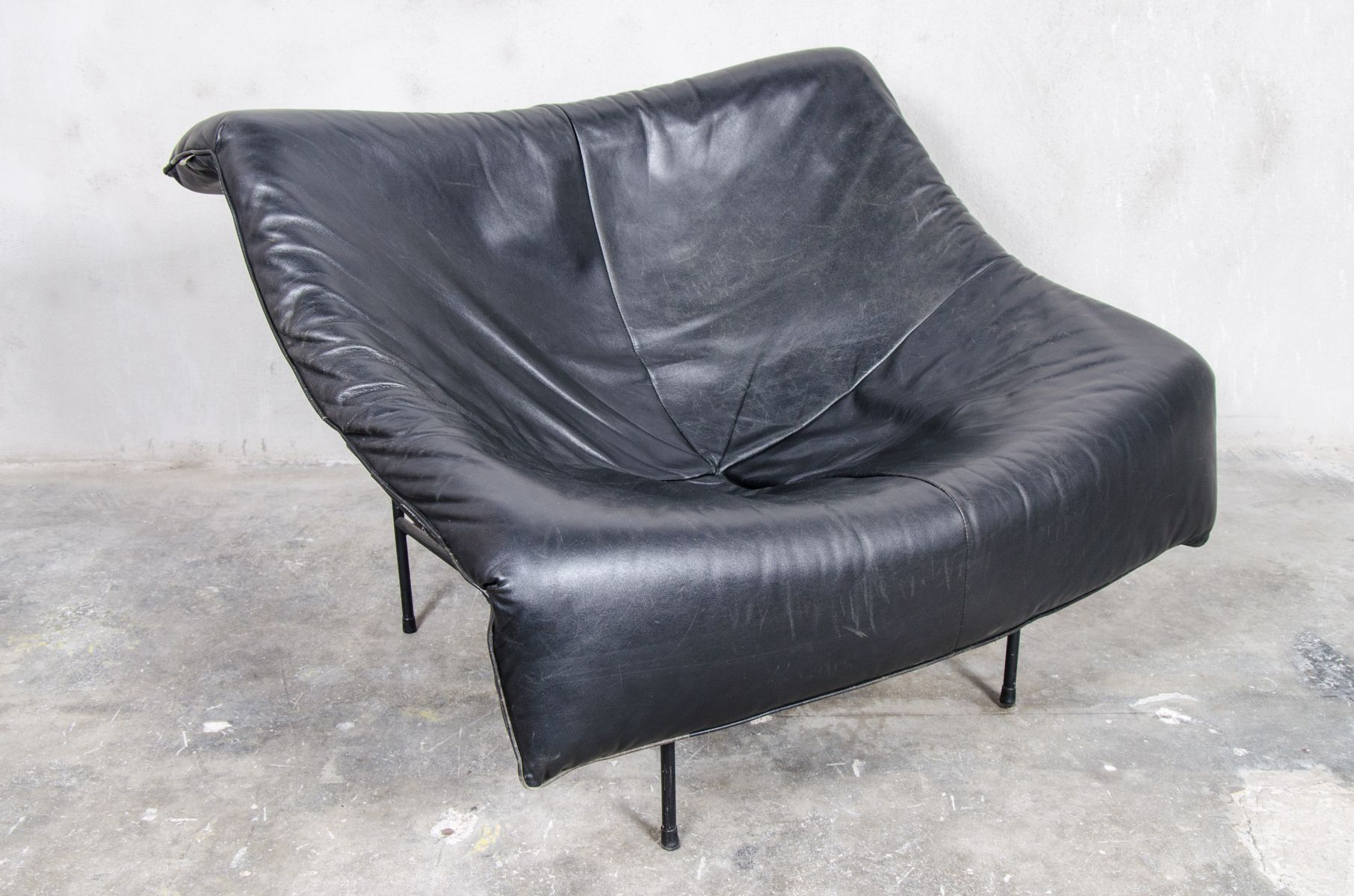 butterfly lounge chair home goods leather swivel vintage by gerard van den berg for
