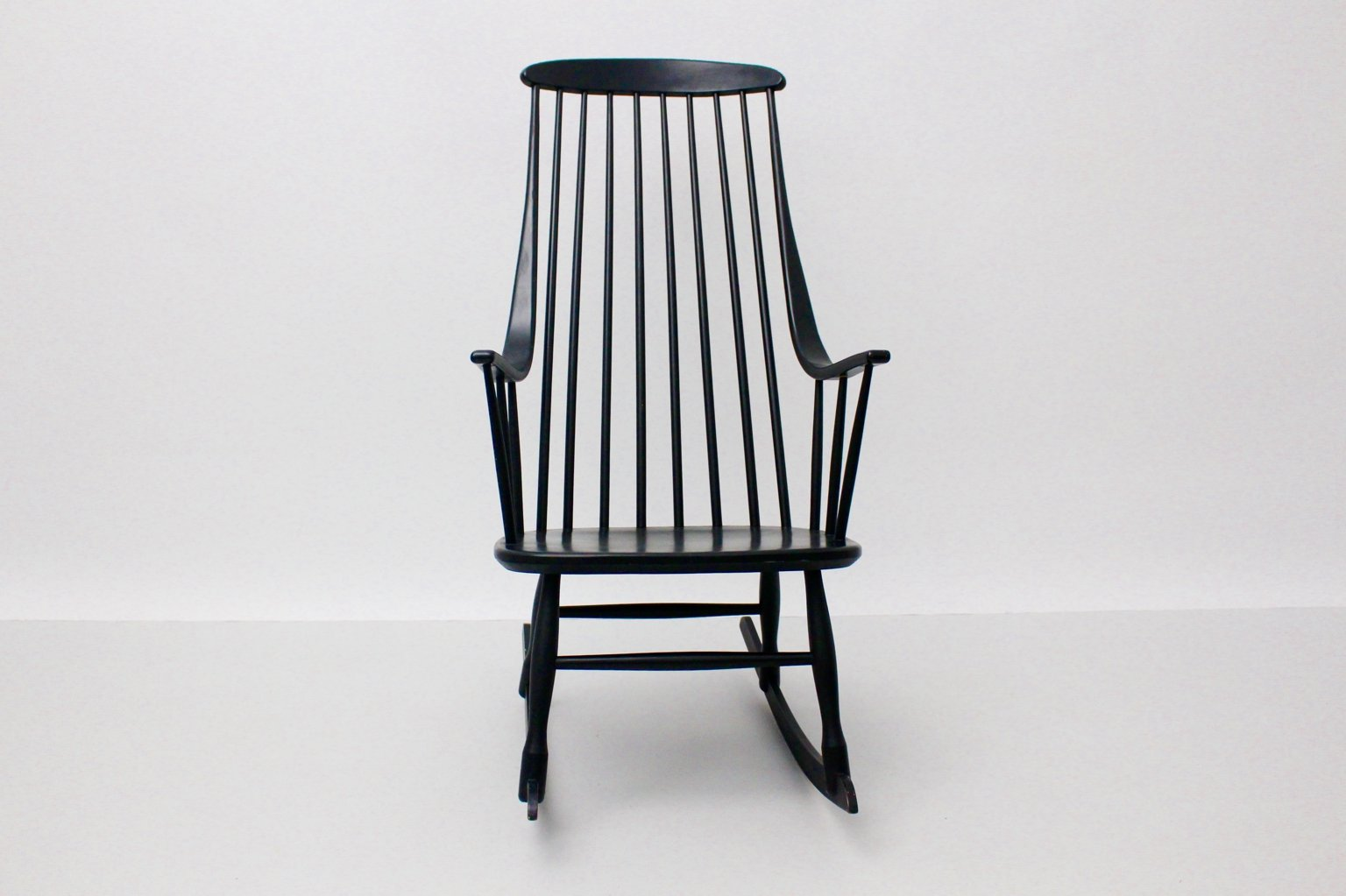 black rocking chairs fire pit table and set grandessa chair by lena larsson for nesto
