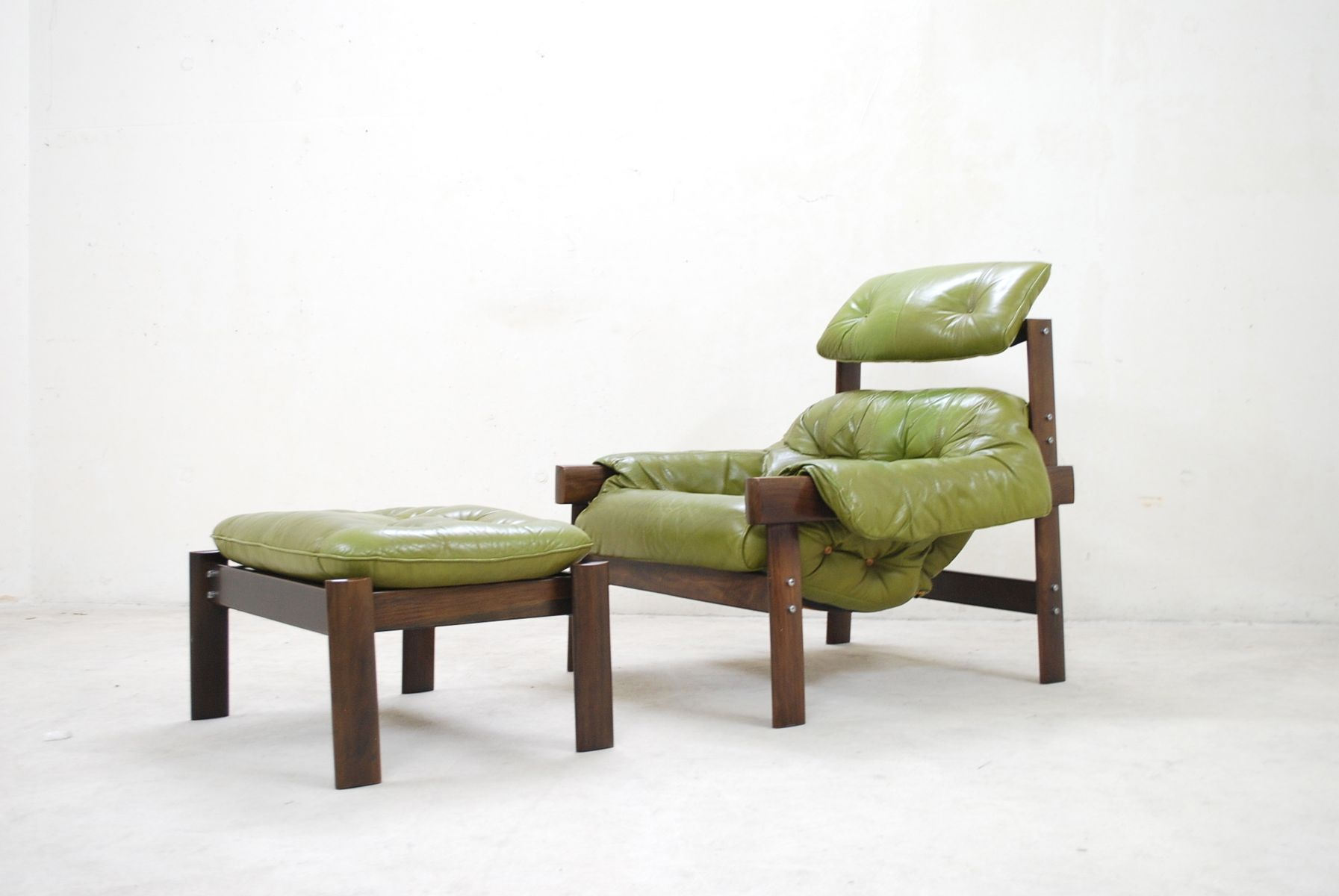 lime green chairs for sale folding chair hong kong model mp 041 leather lounge and ottoman