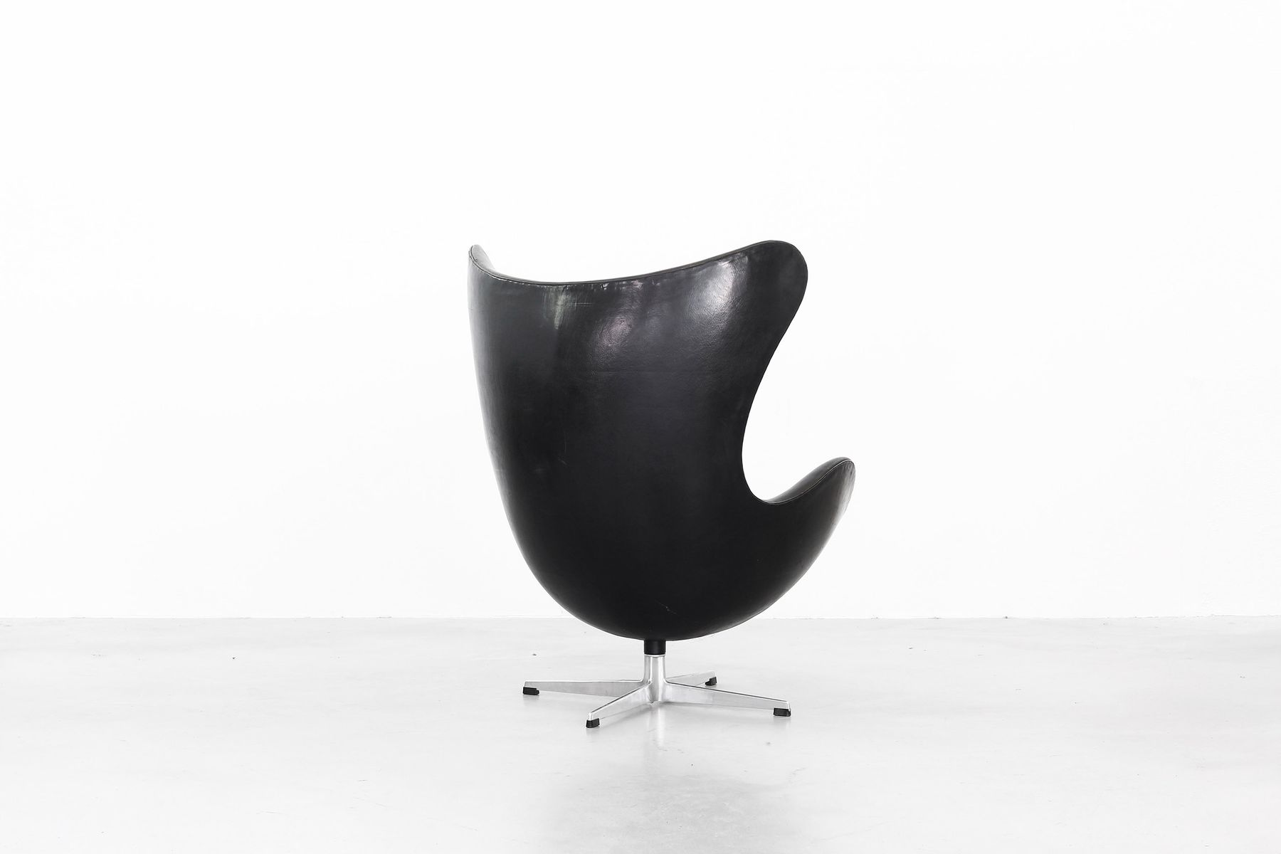 vintage egg chair fisher price space saver high replacement cover by arne jacobsen for fritz hansen 1963
