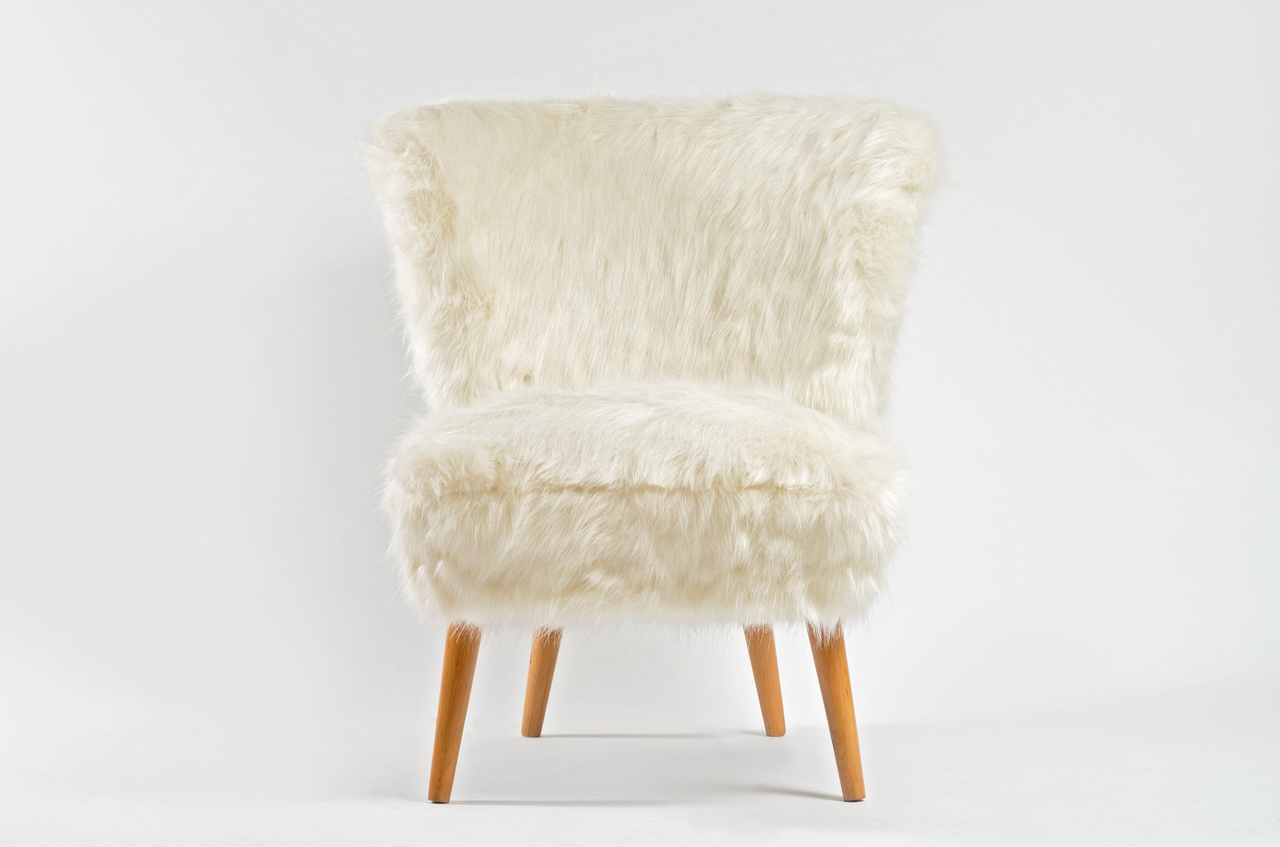 MidCentury White Faux Fur Cocktail Chair for sale at Pamono