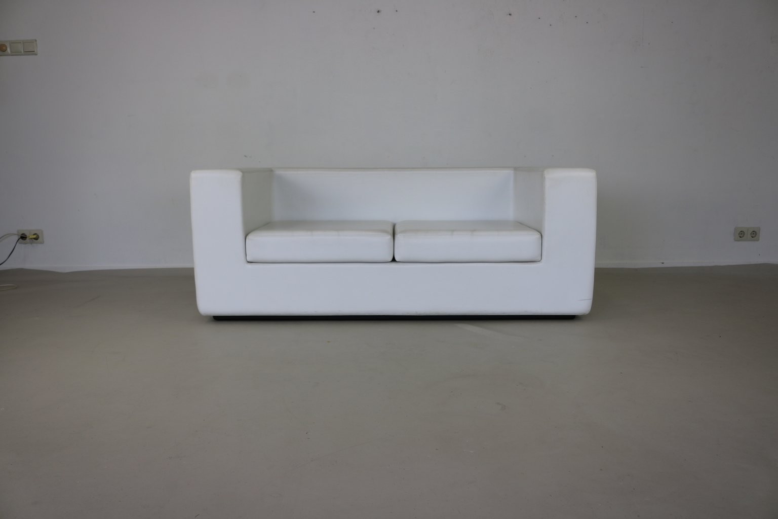 white company sofa throws sets online india delhi throw away two seater by willie landels for