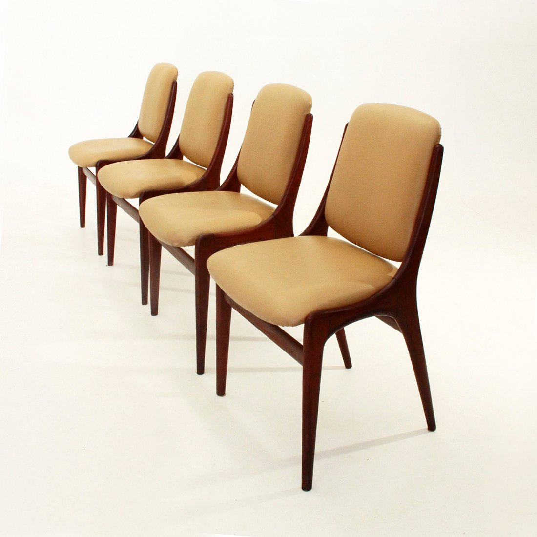 Mid Century Dining Chairs Italian Mid Century Dining Chairs 1960s Set Of 4 For