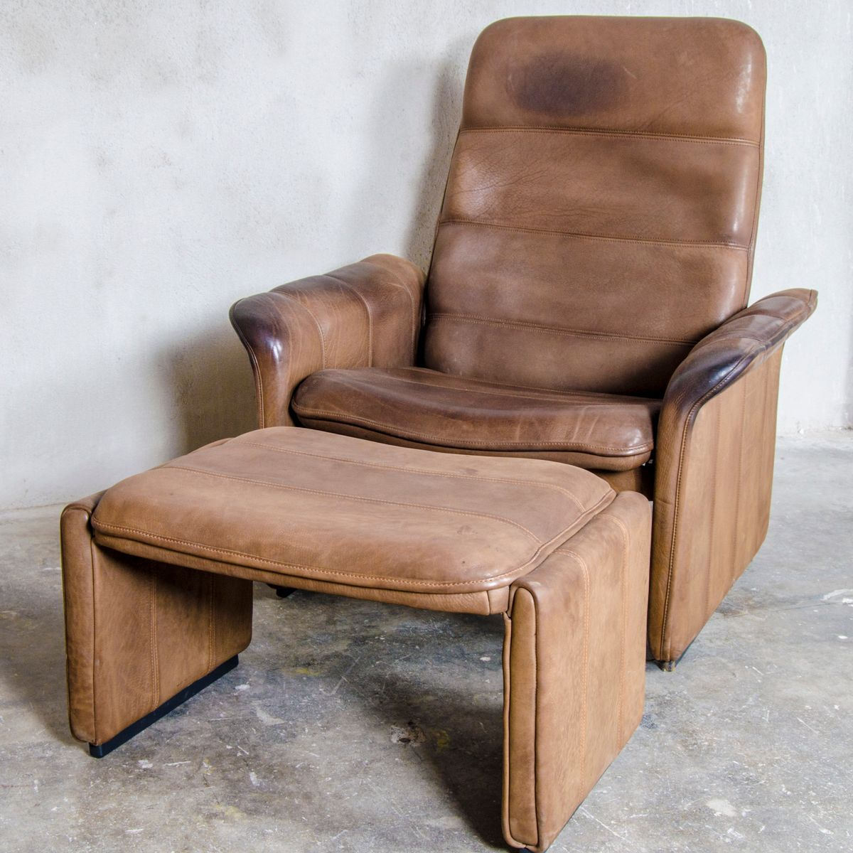 Lounge Chair With Ottoman Ds 50 Reclining Lounge Chair With Ottoman From De Sede