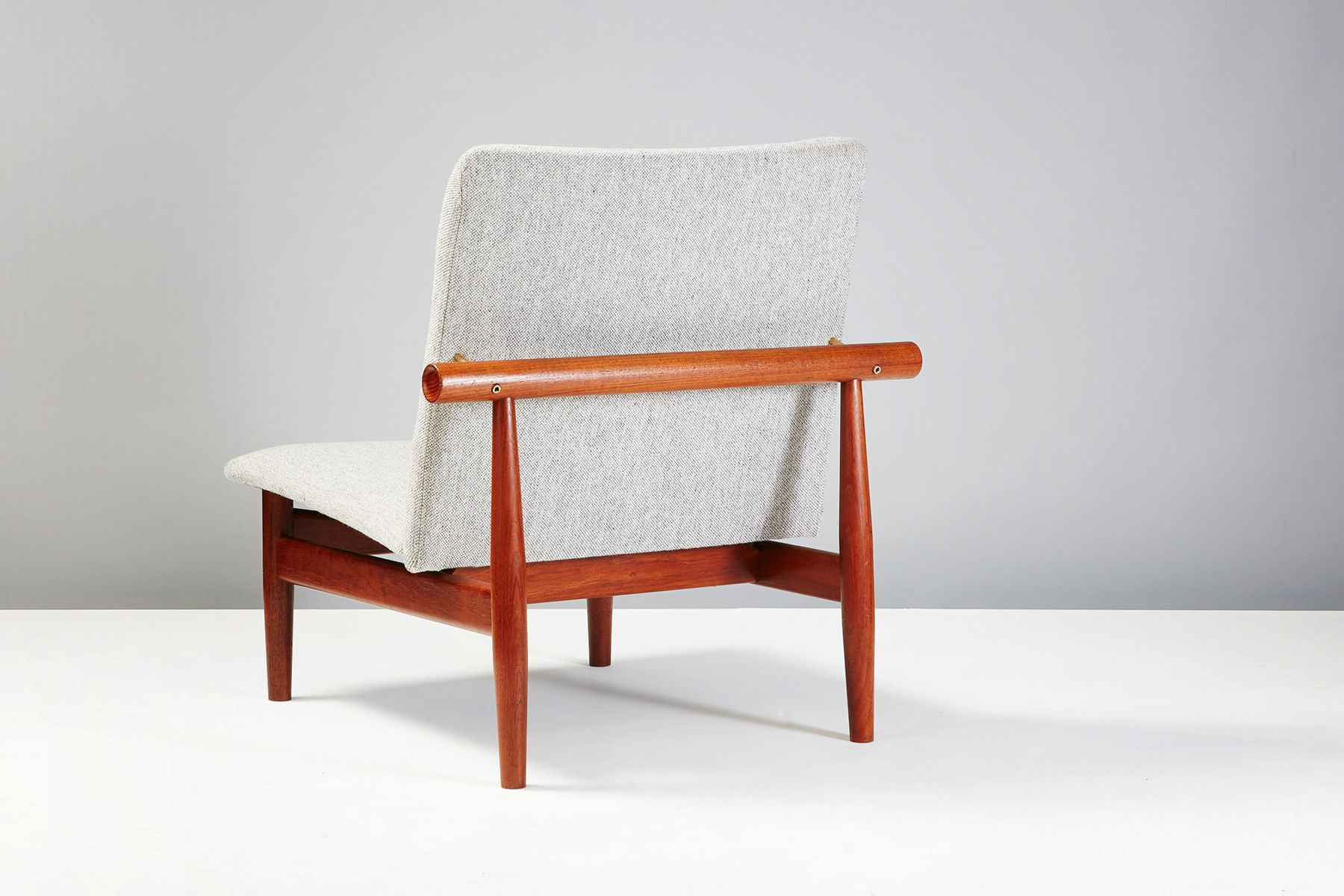 finn juhl chair uk neutral posture manual model 137 japan by for france and søn 1953
