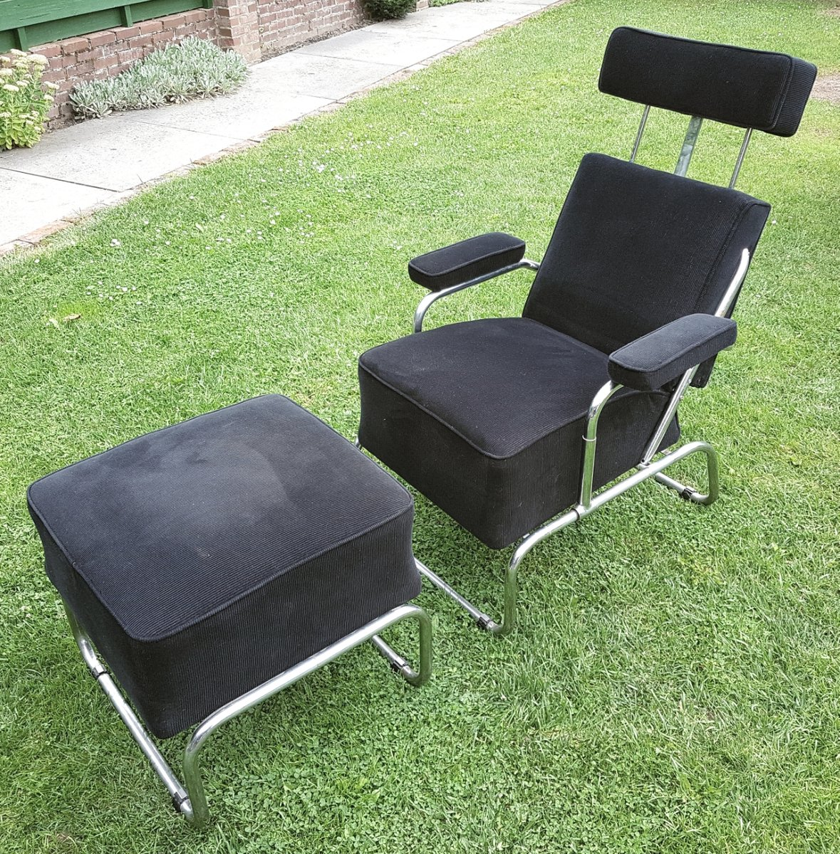Lounge Chair With Ottoman Vintage Reclining Lounge Chair With Ottoman For Sale At Pamono