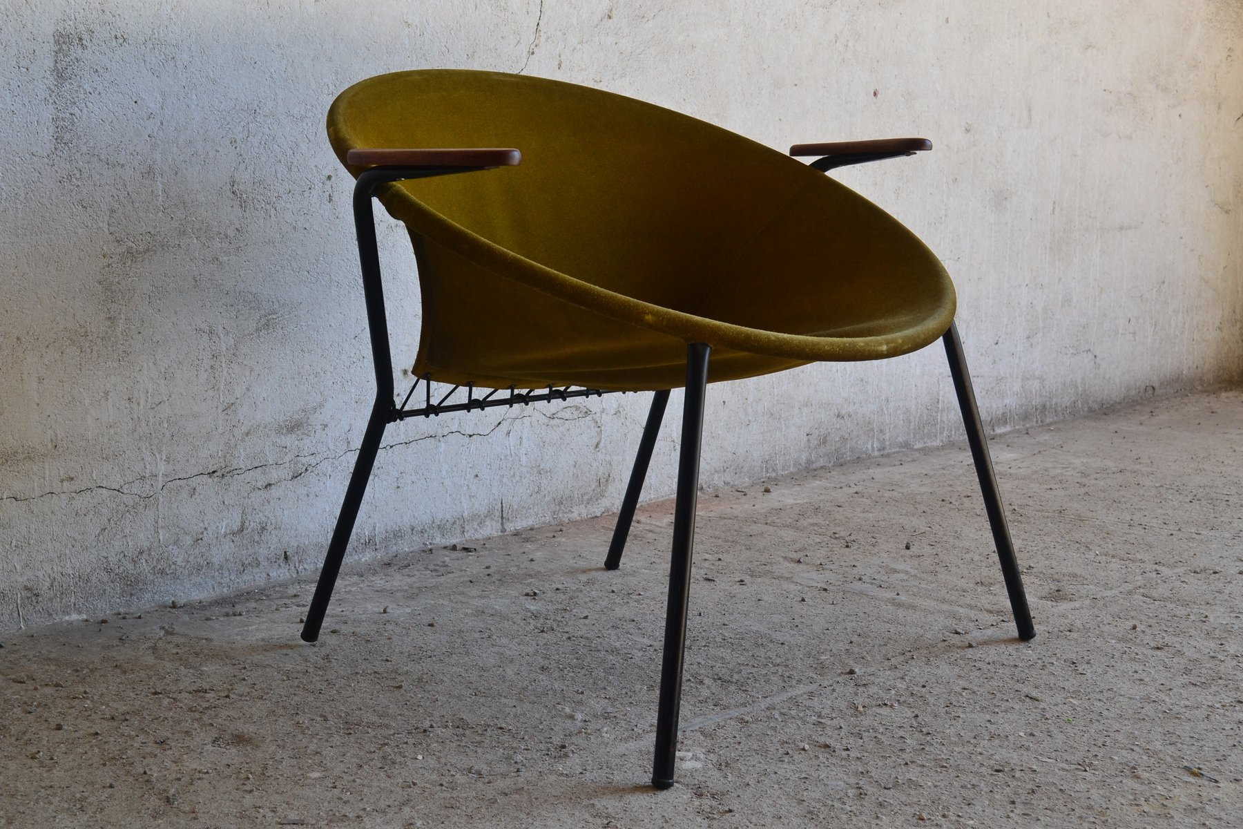 Balloon Chair For Sale Vintage Balloon Chair By Hans Olsen For Lea For Sale At Pamono