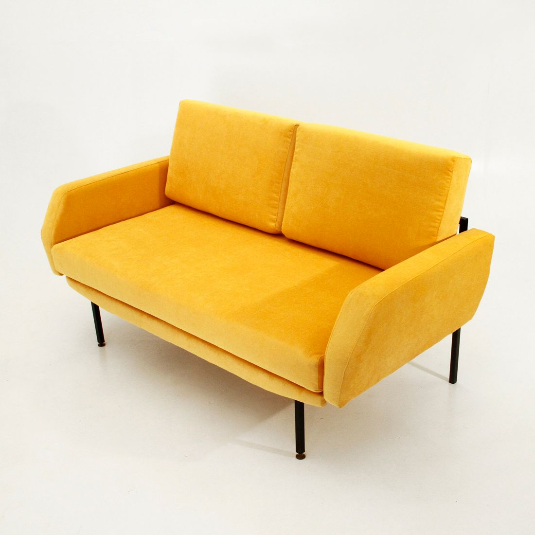 anfibio leather sofa bed sofas melbourne fl yellow clic and functional