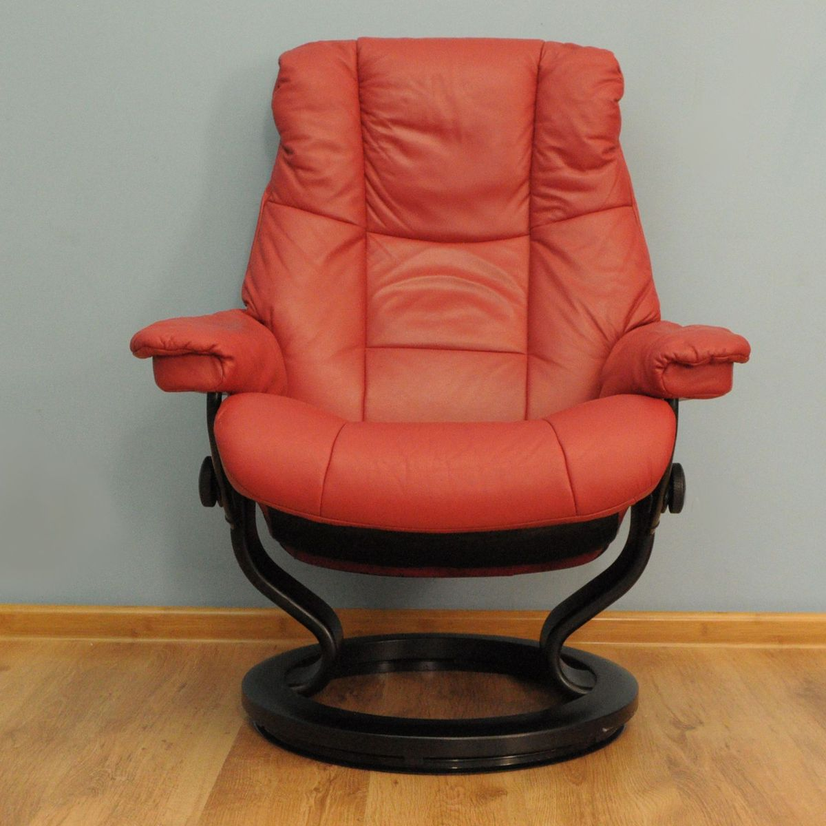 red lounge chair used massage for sale vintage from stressless at pamono