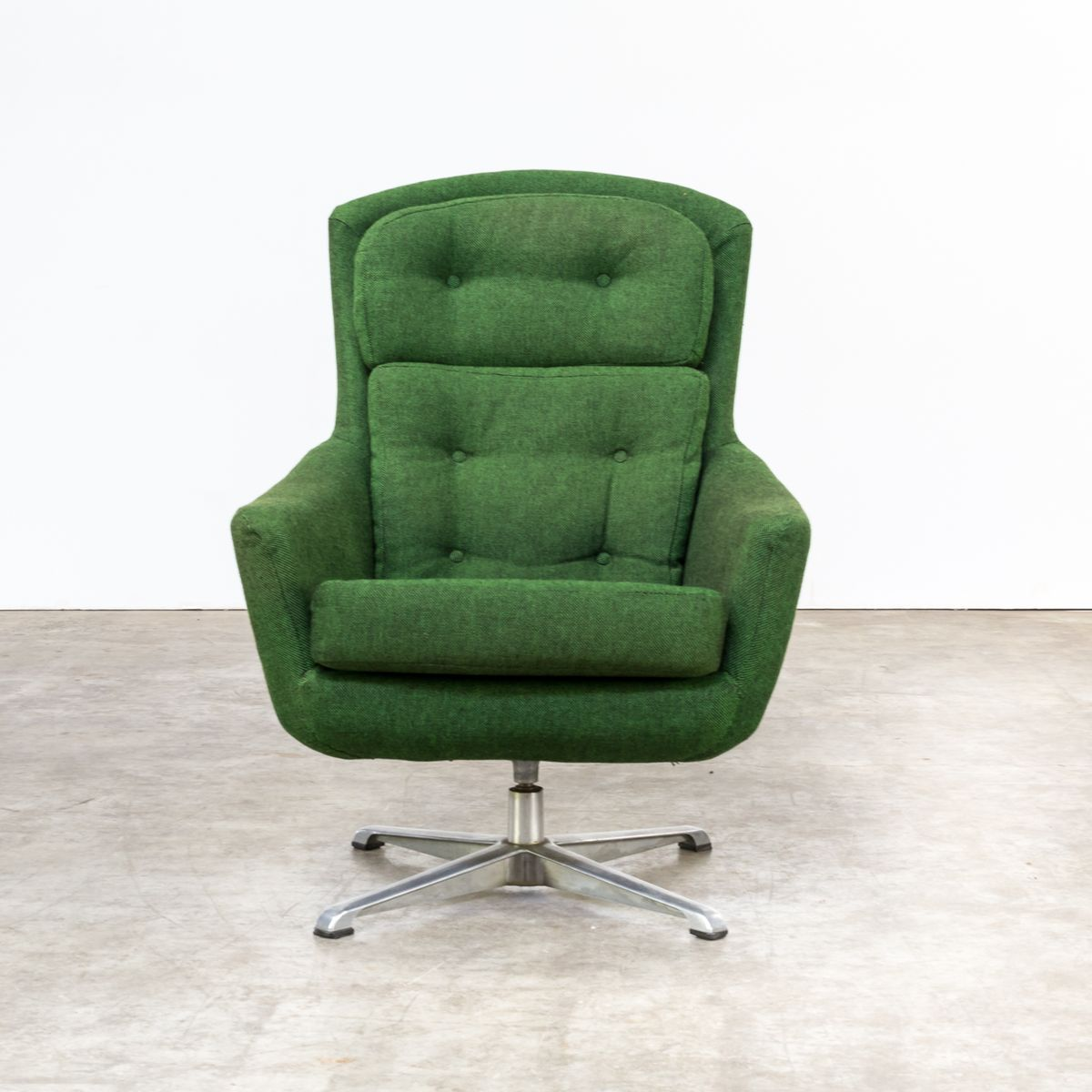 swivel chair sale uk mat for wood floors lounge 1970s at pamono