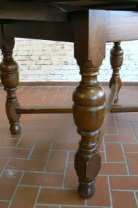 Antique German Oak Dining Table, 1910 for sale at Pamono