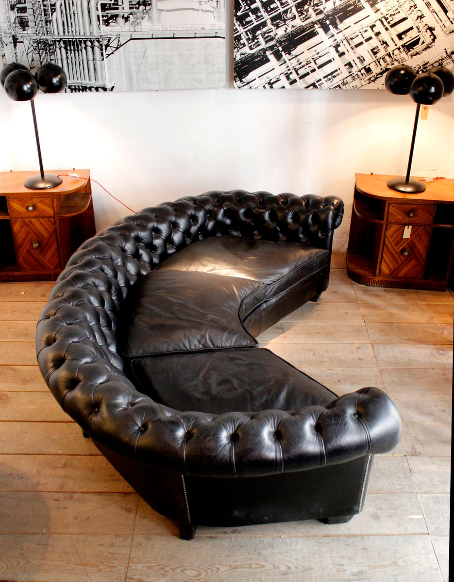 leather sofa manufacturers italy montauk styles curved black chesterfield for sale at pamono