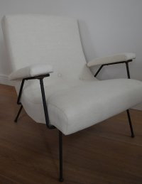 White Lounge Chair by Adrian Pearsall for sale at Pamono