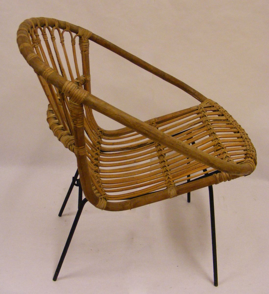 Egg Shaped Wicker Chair Wicker Egg Lounge Chair 1960s For Sale At Pamono