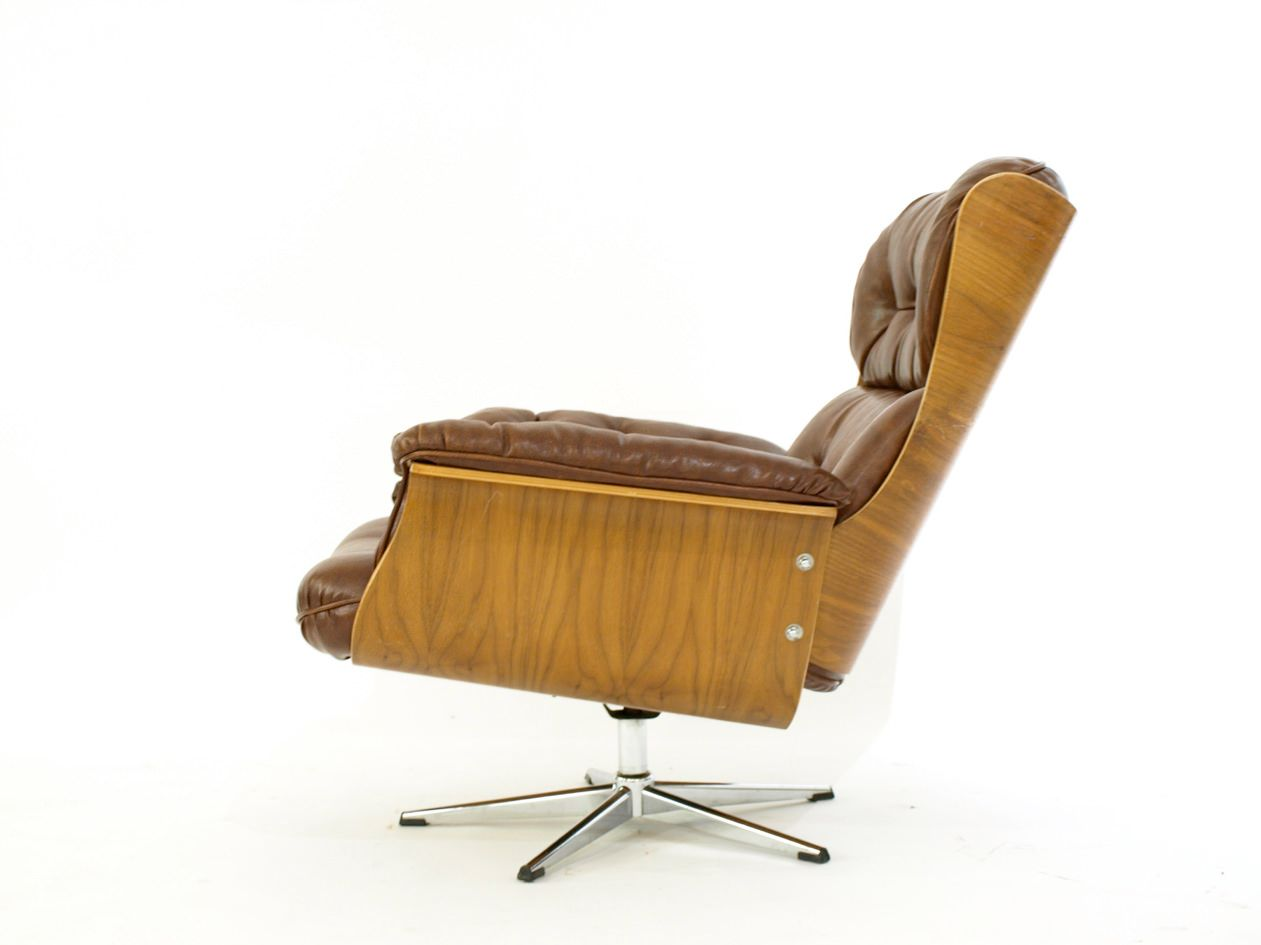 Vintage Lounge Chair 1960s for sale at Pamono