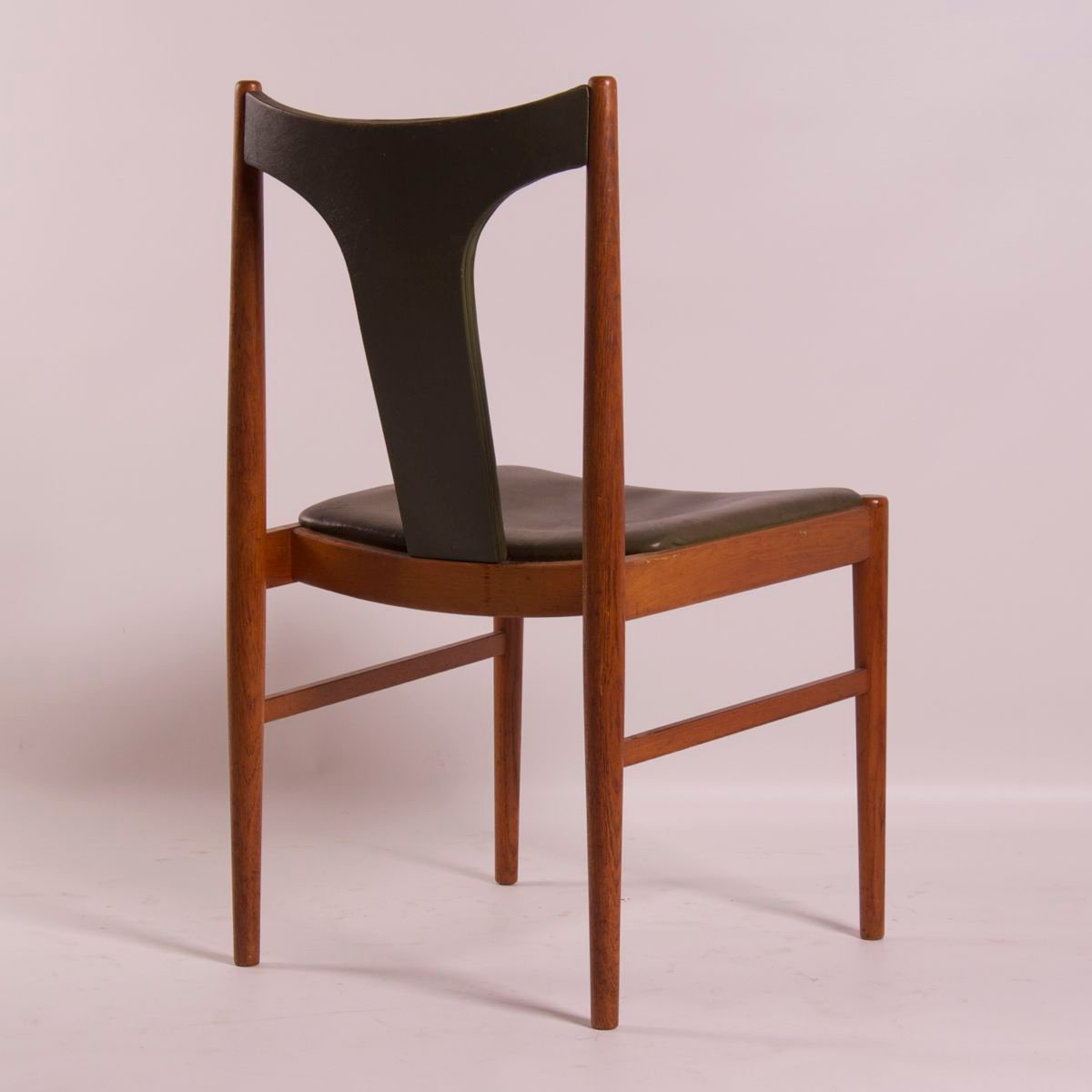 danish dining chair round base by arne vodder for sibast 1960s