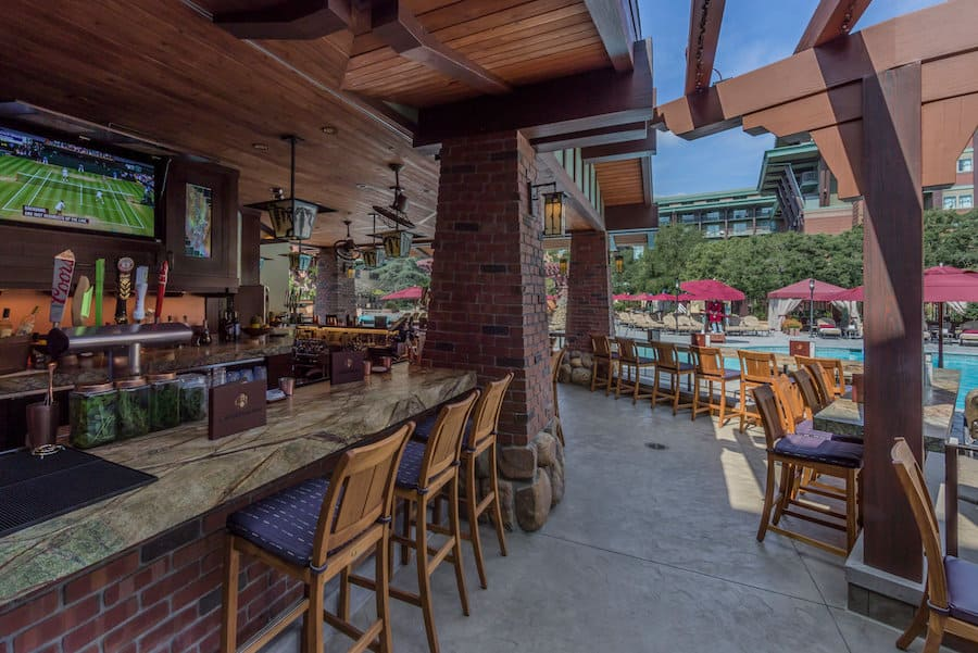 Outside seating GCH Craftsman Bar & Grill at Disney's Grand Californian Hotel & Spa