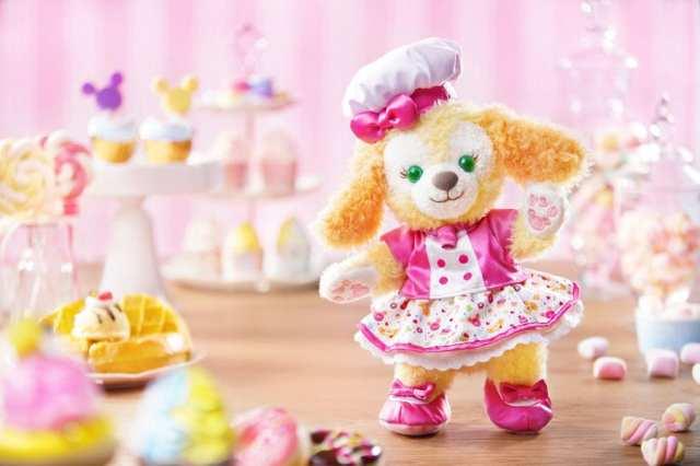 Bespoke merchandise collection at Hong Kong Disneyland with CookieAnn