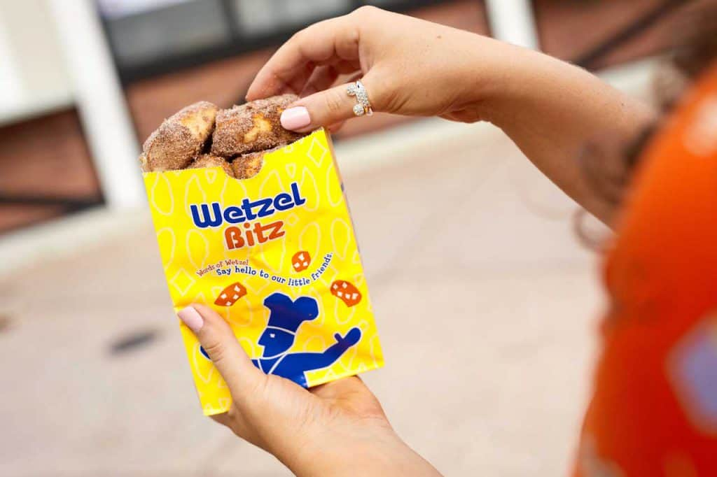 Cinnamon Bitz from Wetzel's Pretzels for Weekday Delights at Disney Springs for the Fall 2020 Season