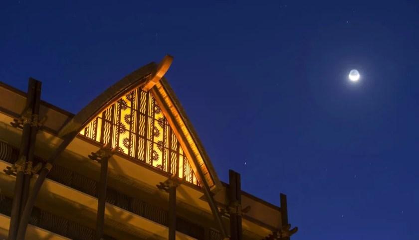 Luna sobre Aulani, un resort y spa de Disney